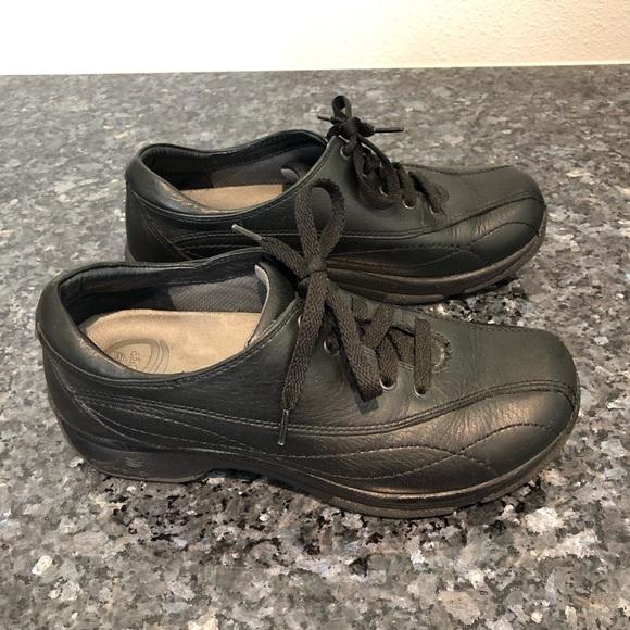 Dansko Shoes - Dansko Kip black leather lace up walking shoes